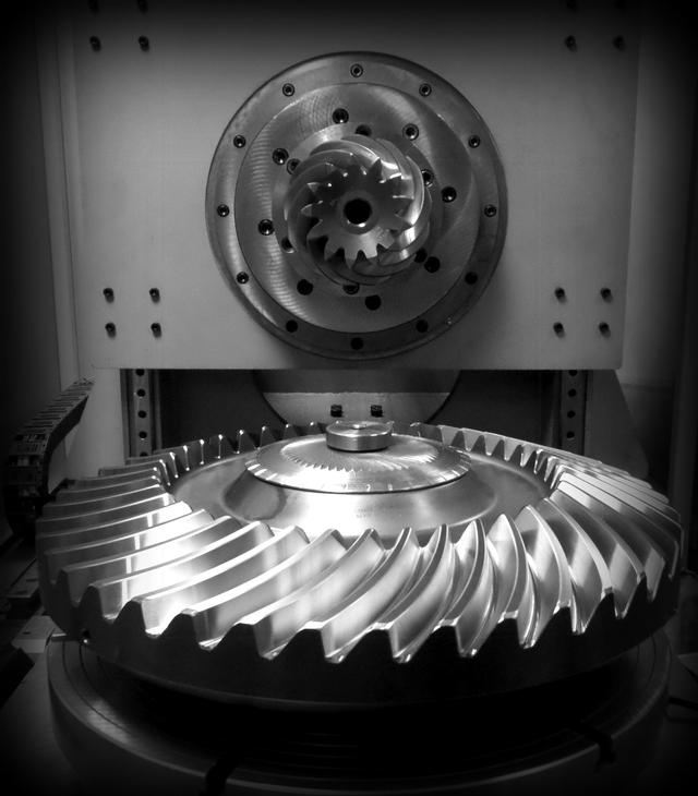SPIRAL BEVEL & HELICAL  GEARS